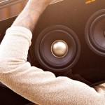 "Spotlight: TDK ""Life on Record"" Boombox und Plattenspieler"