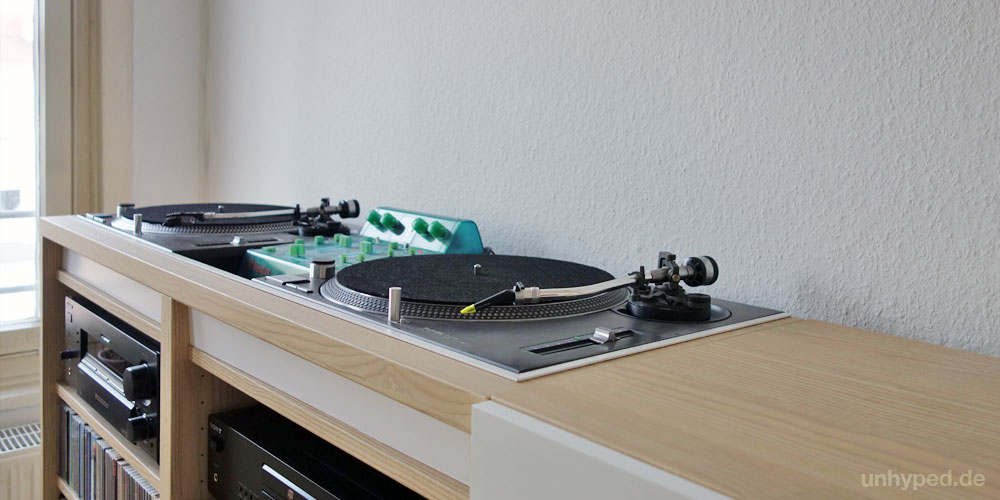 DIY DJMöbel aus Ikea's BestaSerie  unhyped -> Ikea Wandregal Hack
