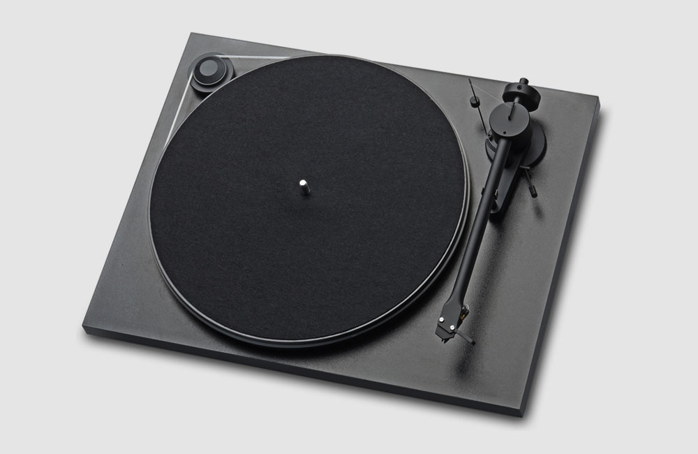 Pro-Ject-Essential-Basic