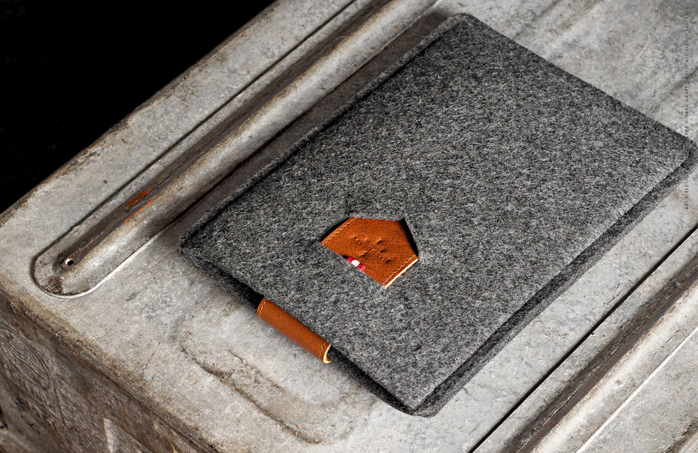 iPad-mini-Sleeve-Hard-Graft
