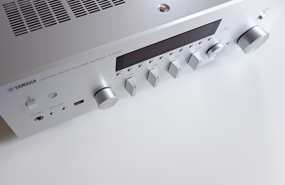 Yamaha-Network-Netzwerk-Receiver-R-N500-Review-Test-Top