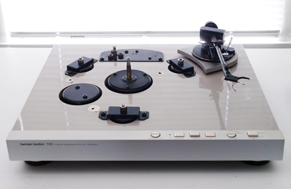 HiFi-Classics-Harman-Kardon-T60-Plattenspieler-Turntable-Image©-sam--z-3