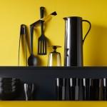Minimalistisches Wandregal aus Stahl: Ikea Botkyrka