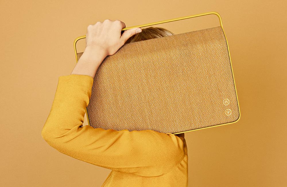 Vifa-Copenhagen-Wireless-AirPlay-Bluetooth-Speaker-Textile-Kvadrat-Lautsprecher-1
