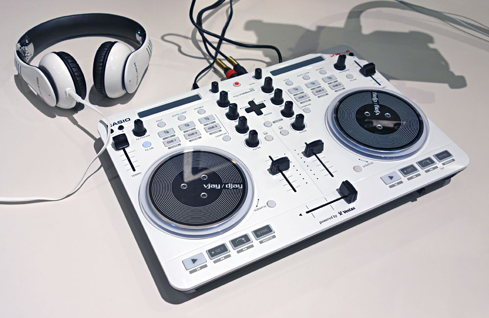 Casio-DJ-Controller-Deejay-Vestax-Musikmesse-2014