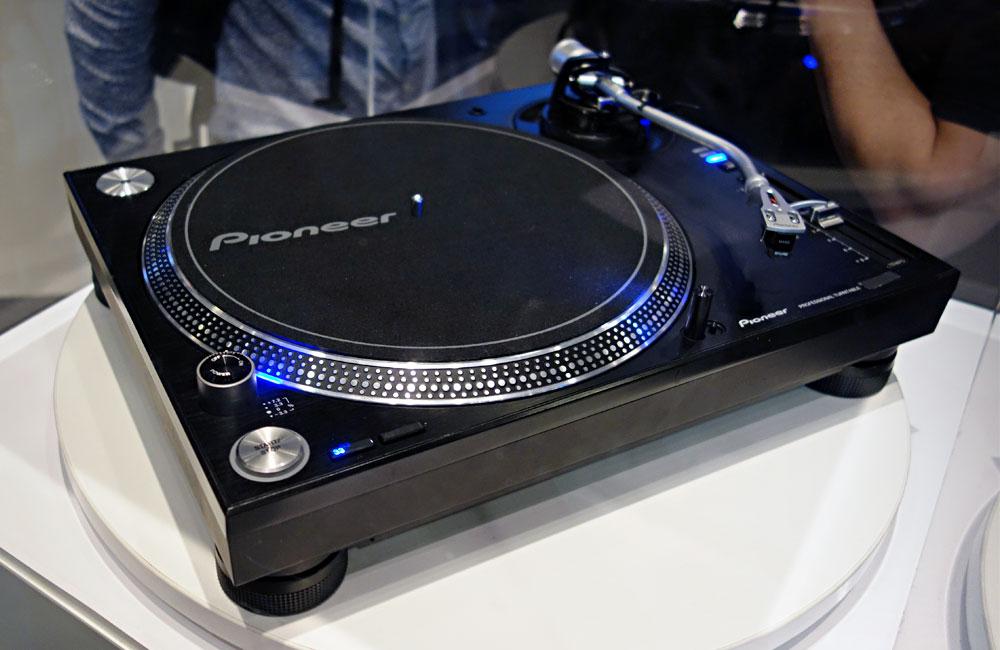 Pioneer-DJ-Turntable-Musikmesse-2014