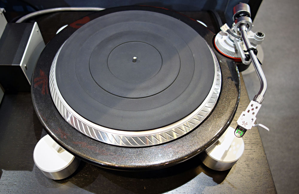 Vestax-Vesta-Audio-ACT-X100-HiFi-Turntable-Plattenspieler-Musikmesse-2014