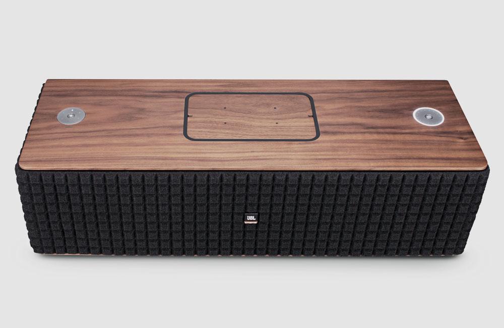jbl authentics l8 l16 moderne funklautsprecher in klassischem gewand unhyped. Black Bedroom Furniture Sets. Home Design Ideas