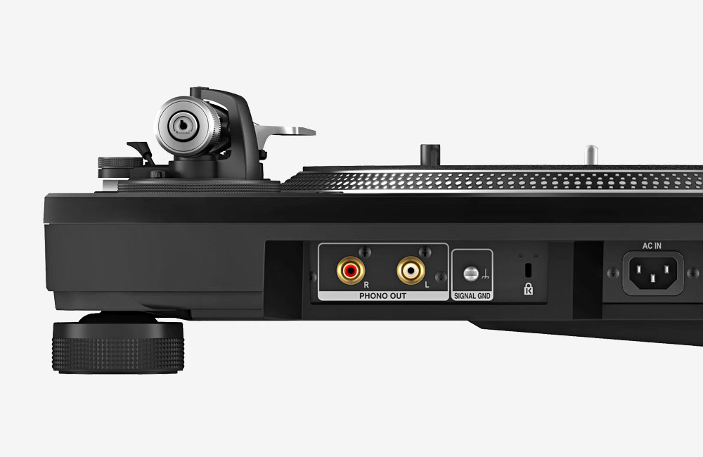 Pioneer-PLX-1000-Turntable-Plattenspieler-Anschluesse