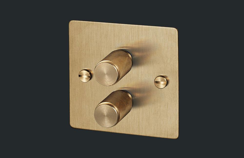 Buster-And-Punch-Lichtschalter-Dimmer-Klassisch-Metall-Gold-01
