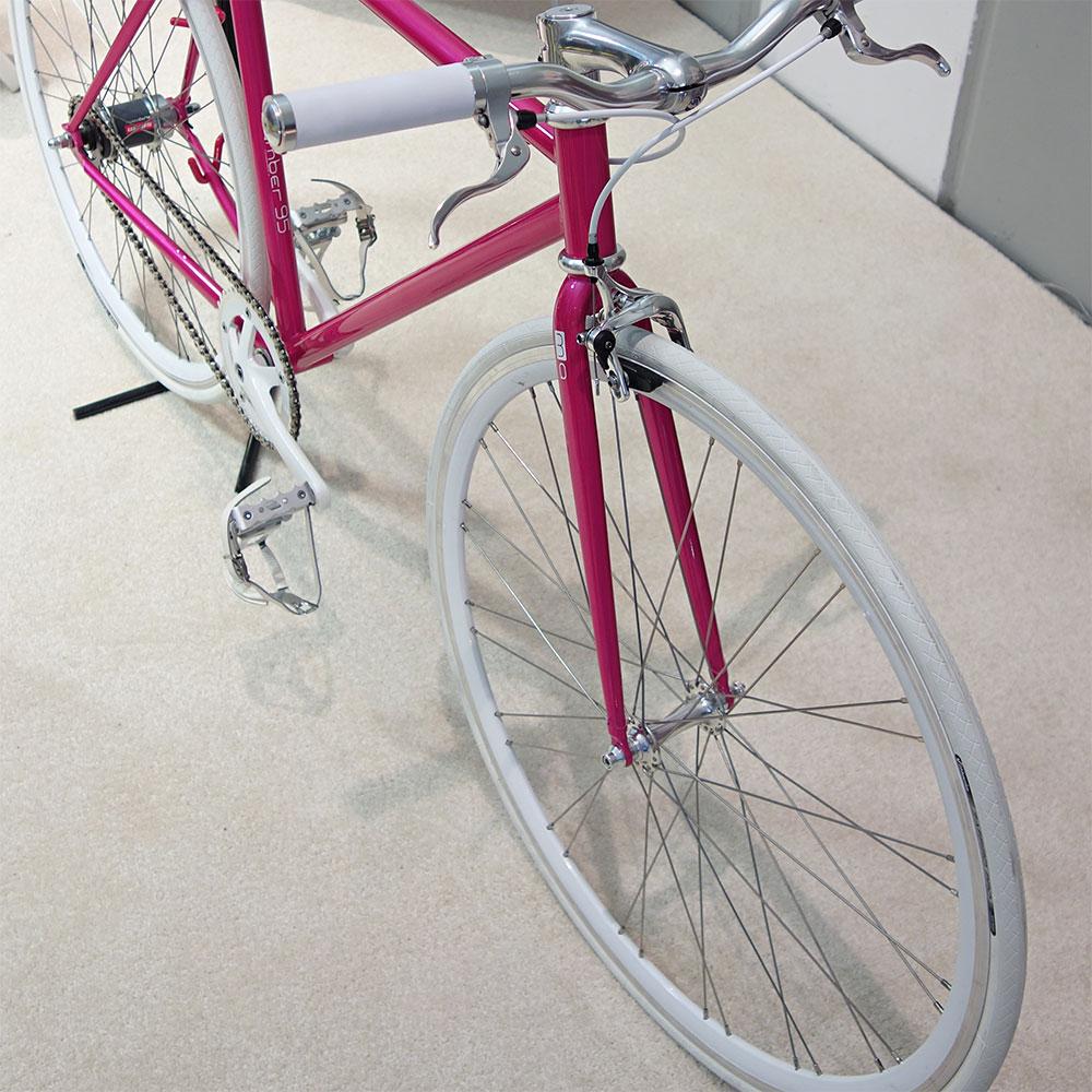 Eurobike-2014-Mika-Amaro-Pink-Automatix