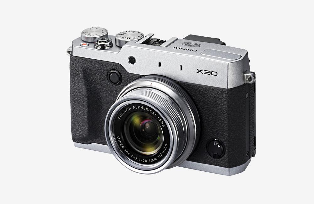 Fujifilm-Fuji-X30-Premium-Kompaktkamera-01