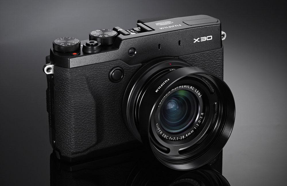 Fujifilm-Fuji-X30-Premium-Kompaktkamera-03