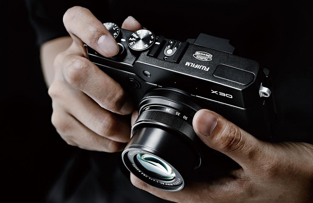 Fujifilm-Fuji-X30-Premium-Kompaktkamera-04