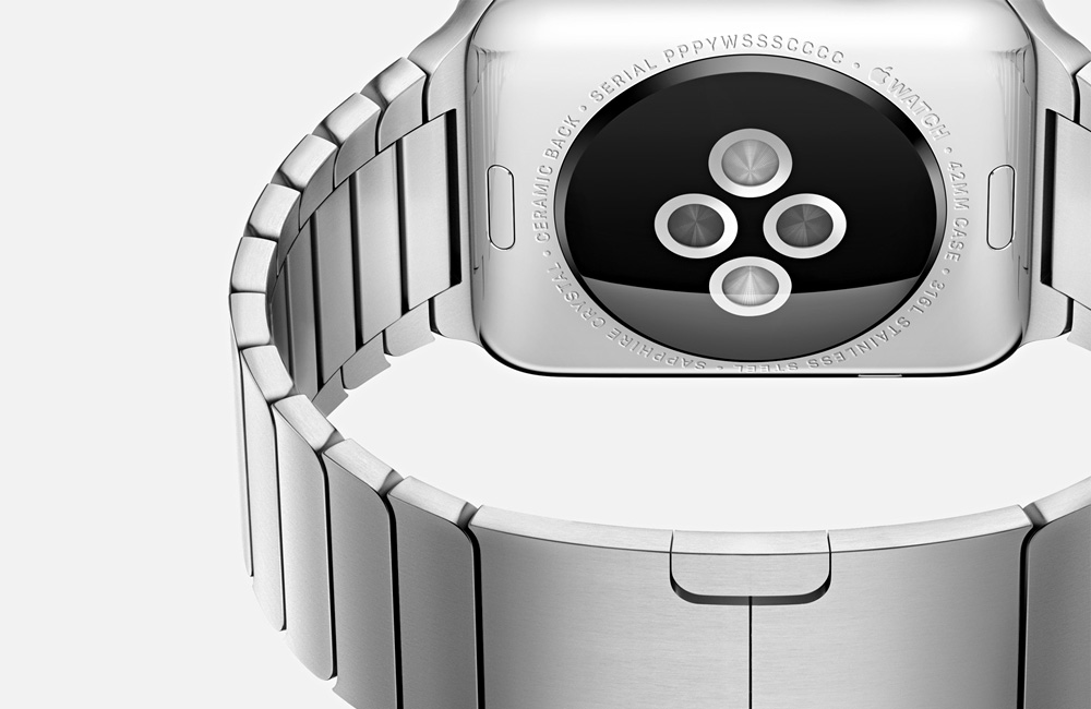 Apple-Watch-Edition-Silver-Steel-Bracelet-Detail
