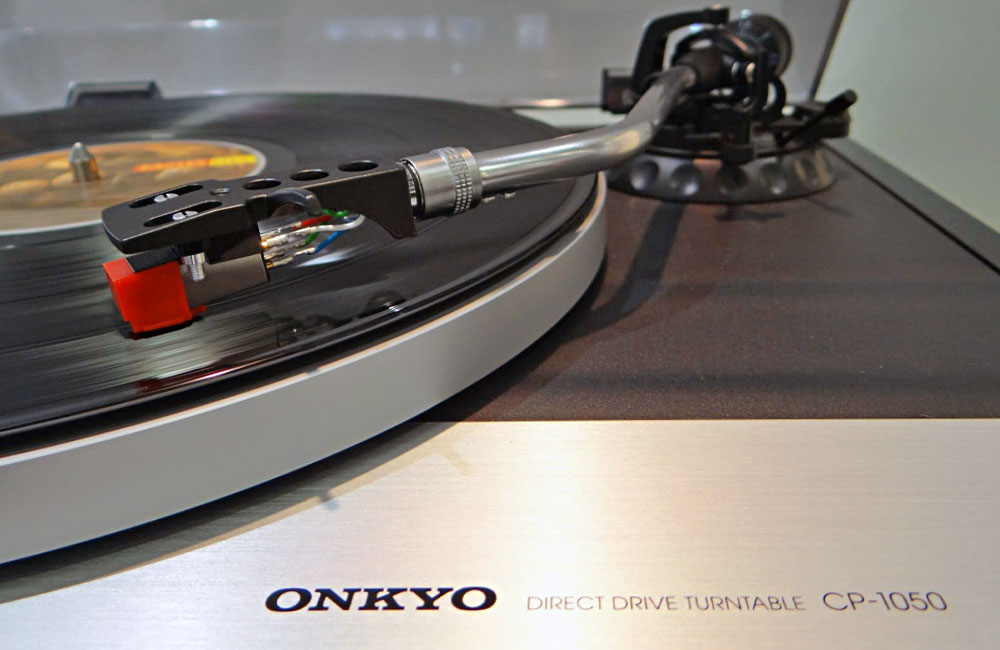 IFA-2014-ONKYO-CP-1050-Plattenspieler-Direct-Drive-Turntable