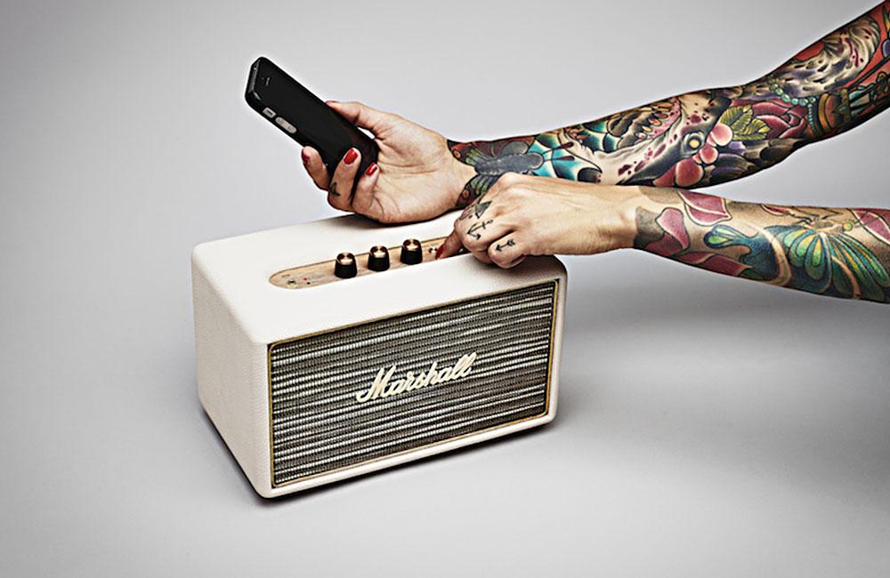 Marshall-Acton-Small-Vintage-Classic-Bluetooth-Speaker-3