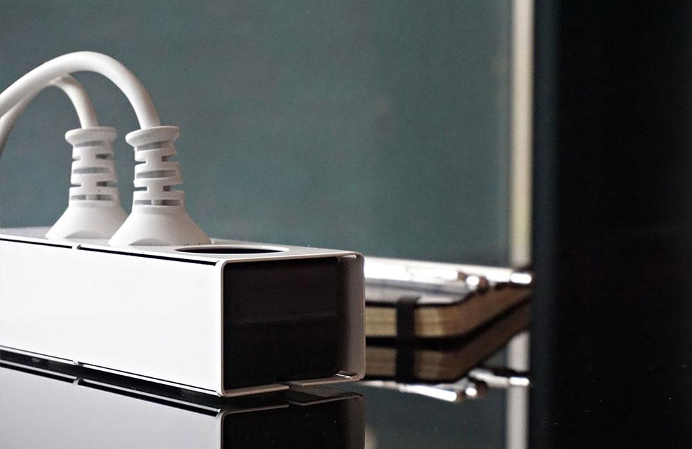 Peppermint-Products-Schoene-Design-Mehrfach-Steckdose-Metall-Huelle-4