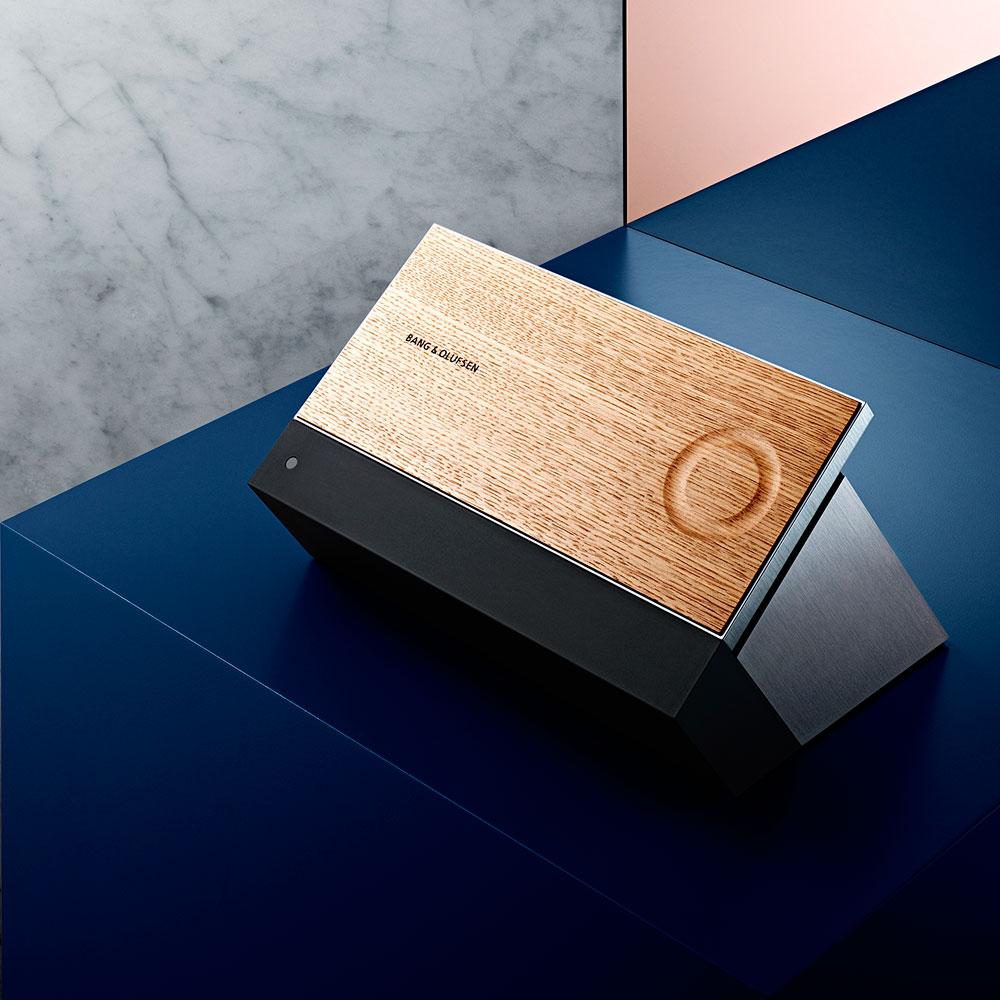 BeoSound-Moment-Intelligent-Wireless-WiSA-Music-System-2