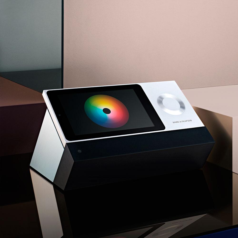 BeoSound-Moment-Intelligent-Wireless-WiSA-Music-System-4