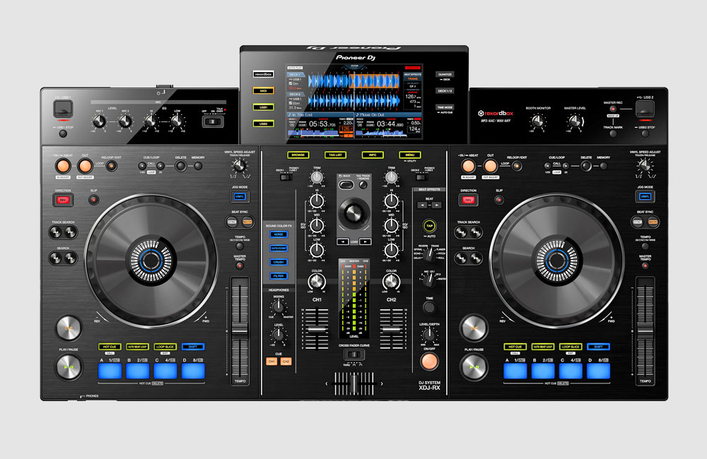 Pioneer-XDJ-RX-Standalone-DJ-Controller-1