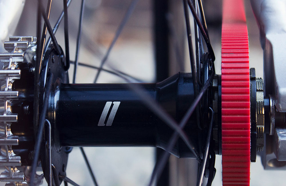 Schindelhauer-Viktor-Red-Race-Limited-Edition-Red-Gates-Carbon-Drive-Singlespeed-Fixed-Gear-4