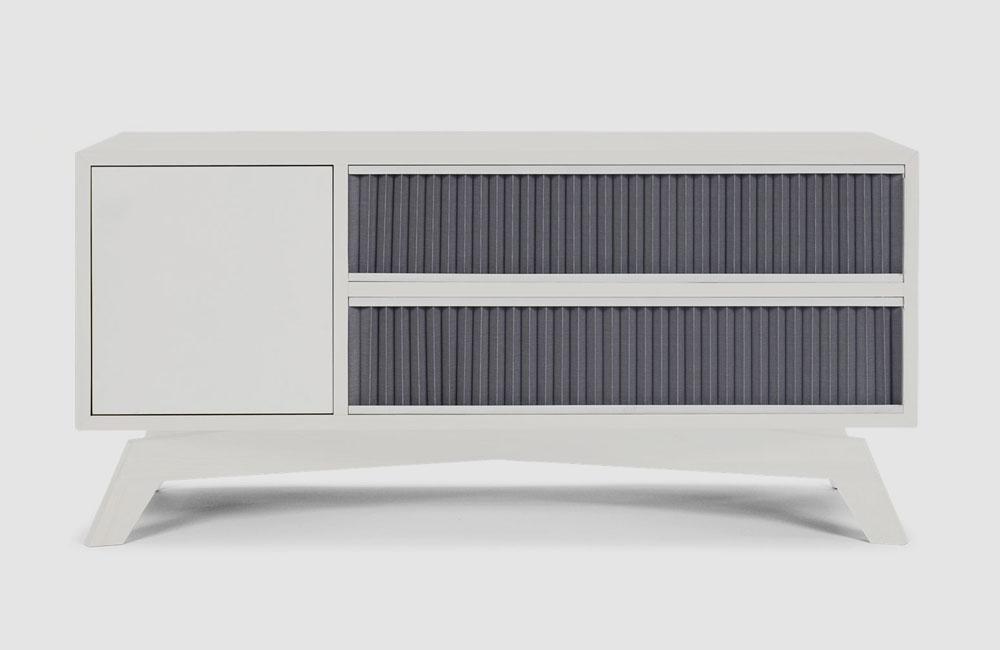 Bolia-Medienmöbel-HiFi-Sideboard-Schrank-Plisse-Weiss