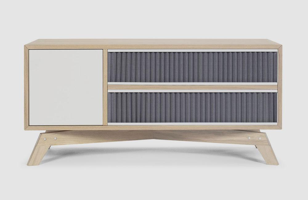 Bolia-Medienmöbel-HiFi-Sideboard-Schrank-Plisse-Eiche