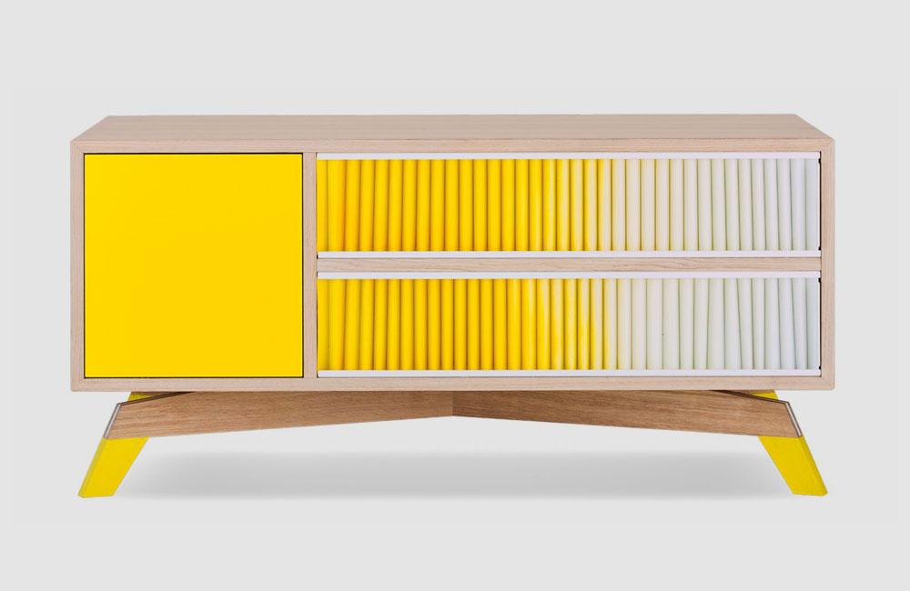 Bolia-Medienmöbel-HiFi-Sideboard-Schrank-Plisse-Gelb