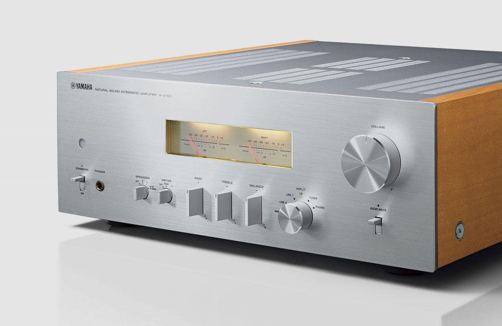 Yamaha-A-S1100-HiFi-Amplifier-Verstaerker-VU-Meter-2