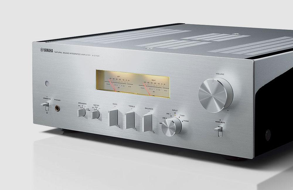 Yamaha-A-S1100-HiFi-Amplifier-Verstaerker-VU-Meter-5