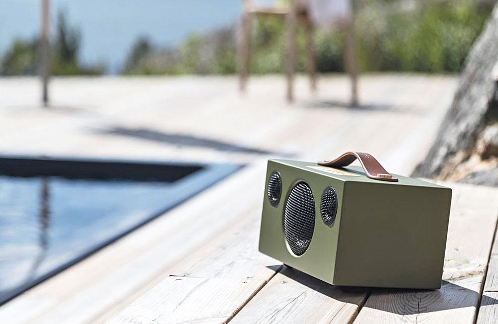 Addon-T3-Bluetooth-Lautsrecher-30-Stunden-Spielzeit-Akku-Leder-Griff-5