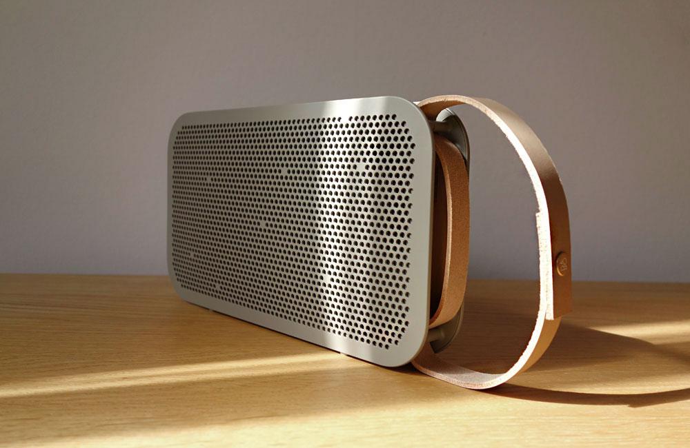 BeoPlay-A2-Bang-Olufsen-Mobile-Bluetooth-Speaker-Lautsprecher-Grey-Copper-Grau-Kupfer-5