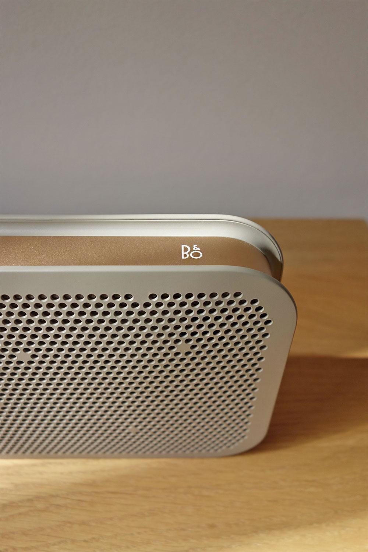 BeoPlay-A2-Bang-Olufsen-Mobile-Bluetooth-Speaker-Lautsprecher-Grey-Copper-Grau-Kupfer-6