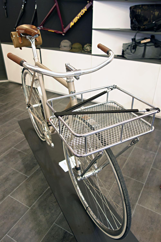 Eurobike-2015-Rundgang-Messe-Besuch-Neuheiten-2016-BLB-Brick-Lane-Bikes-Front-Gepaecktraeger