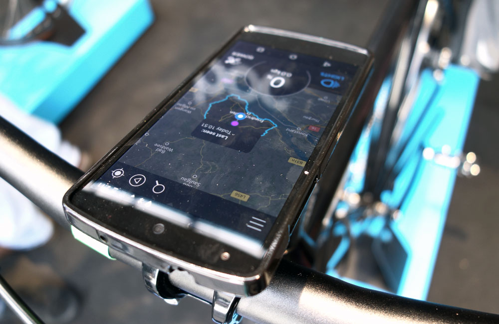 Eurobike-2015-Rundgang-Messe-Besuch-Neuheiten-2016-Coboc-SEVEN-Smartphone-App