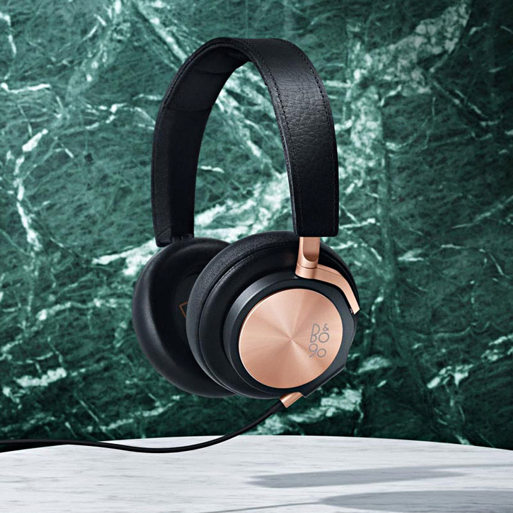 Bang-Olufsen-90-Jahre-Lautsprecher-BeoPlay-H6-Rose-Gold-Love-Affair-Collection-2015