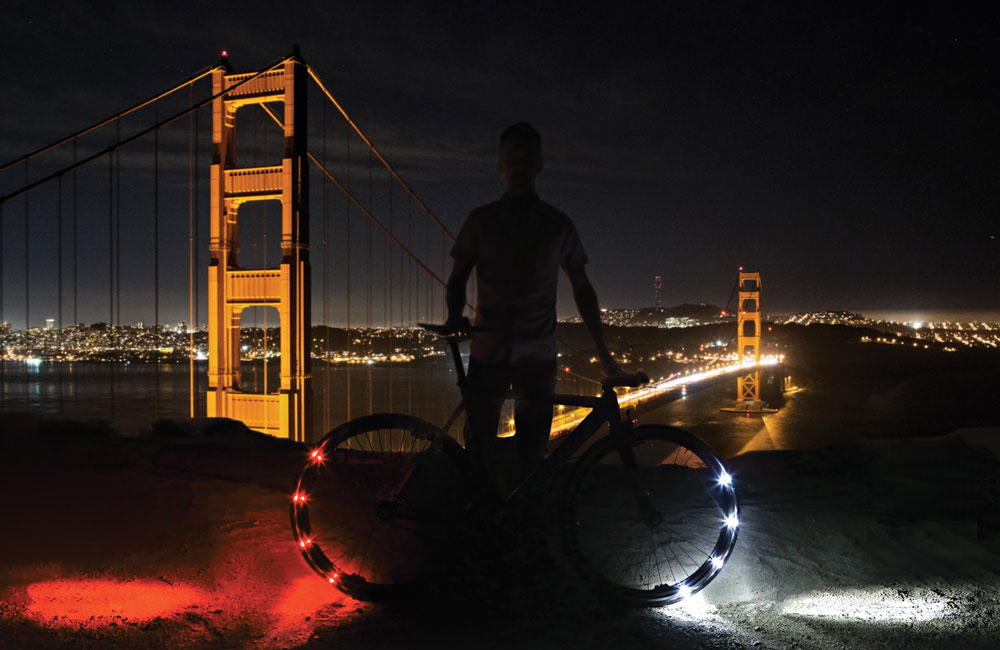Revolights-Eclipse-360-Fahrrad-Beleuchtung-Bluetooth-Smartphone-App-1