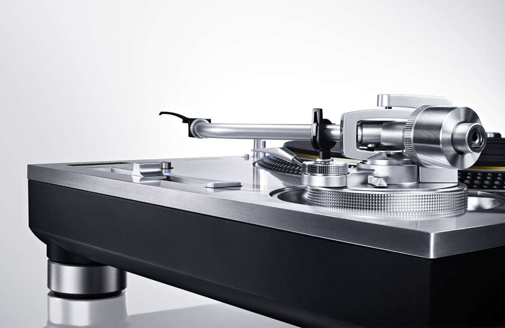 Technics-Direct-Drive-Turntable-System-Plattenspieler-Grand-Class-SL-1200GAE-2