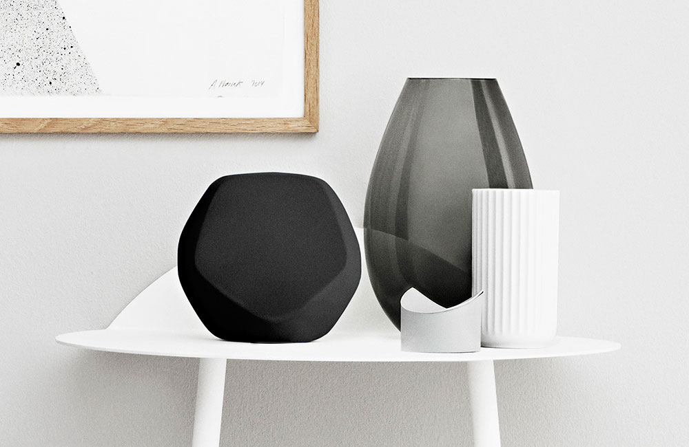 beoplay s3 kompakter bluetooth lautsprecher f r zuhause unhyped. Black Bedroom Furniture Sets. Home Design Ideas
