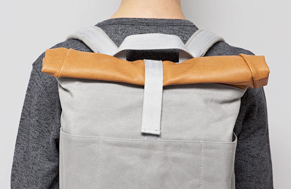 Ucon-Acrobatics-Tasche-Rucksack-Backpack-Canvas-Leder-Grau-Braun-1