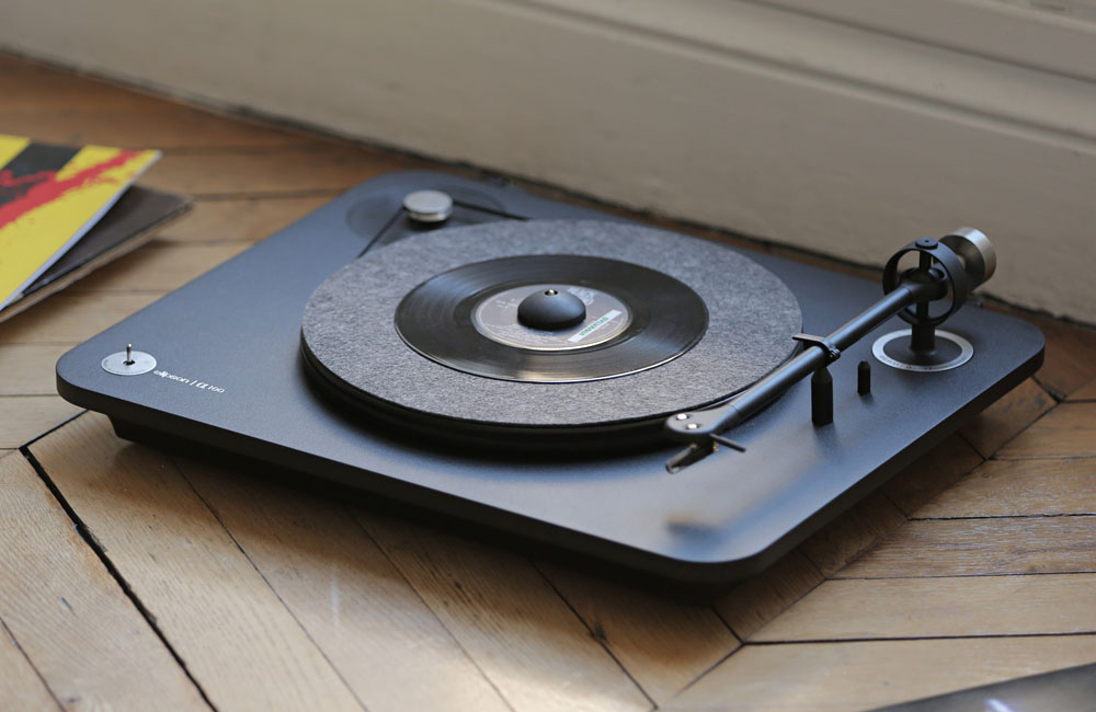 Elipson-Alpha-100-Bluetooth-HiFi-Turntable-Plattenspieler-Design-1