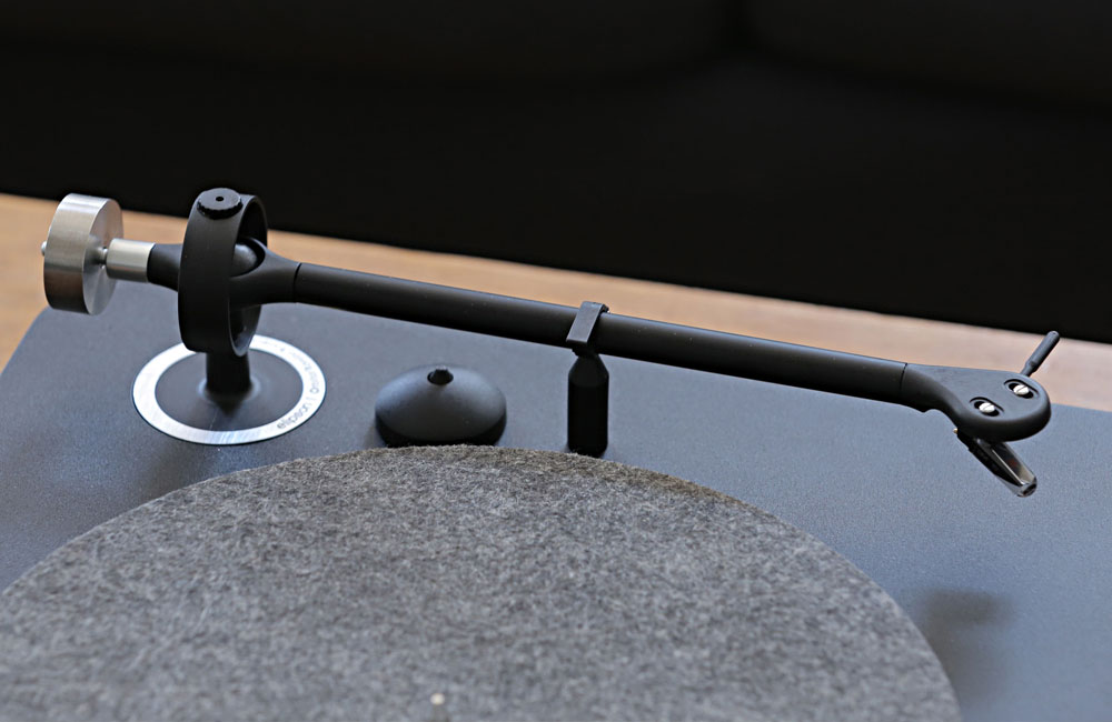 Elipson-Alpha-100-Bluetooth-HiFi-Turntable-Plattenspieler-Design-2