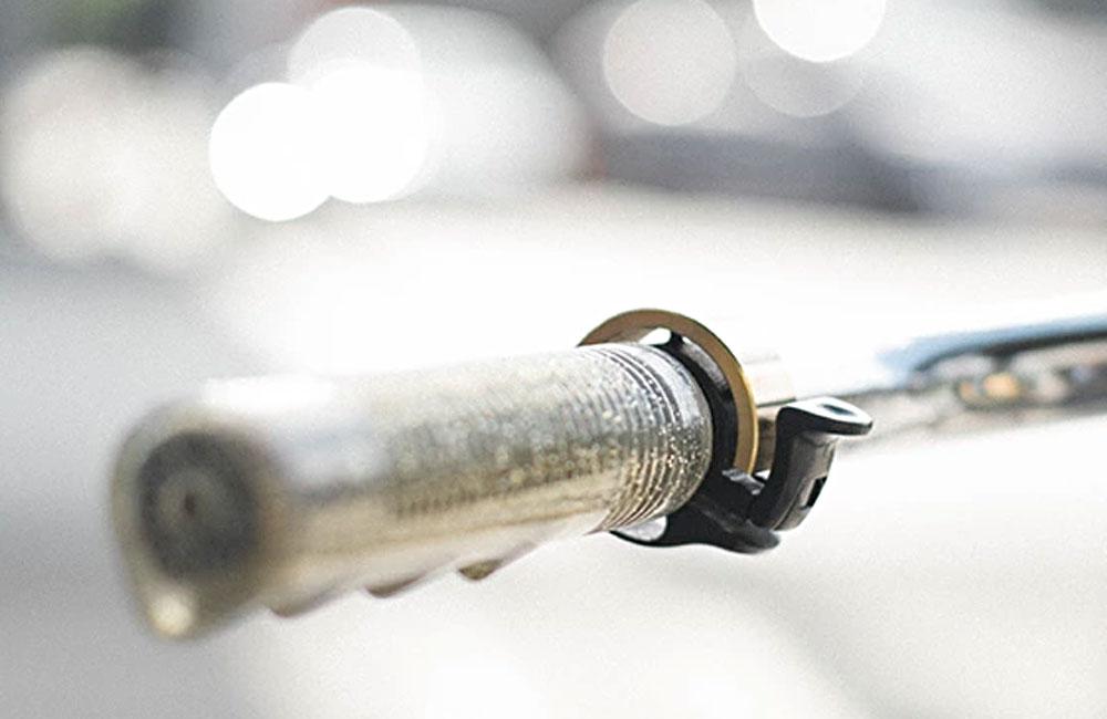 Knog-Oi-Minimalistische-Fahrradklingel-Klingel-Glocke-Fahrrad-4