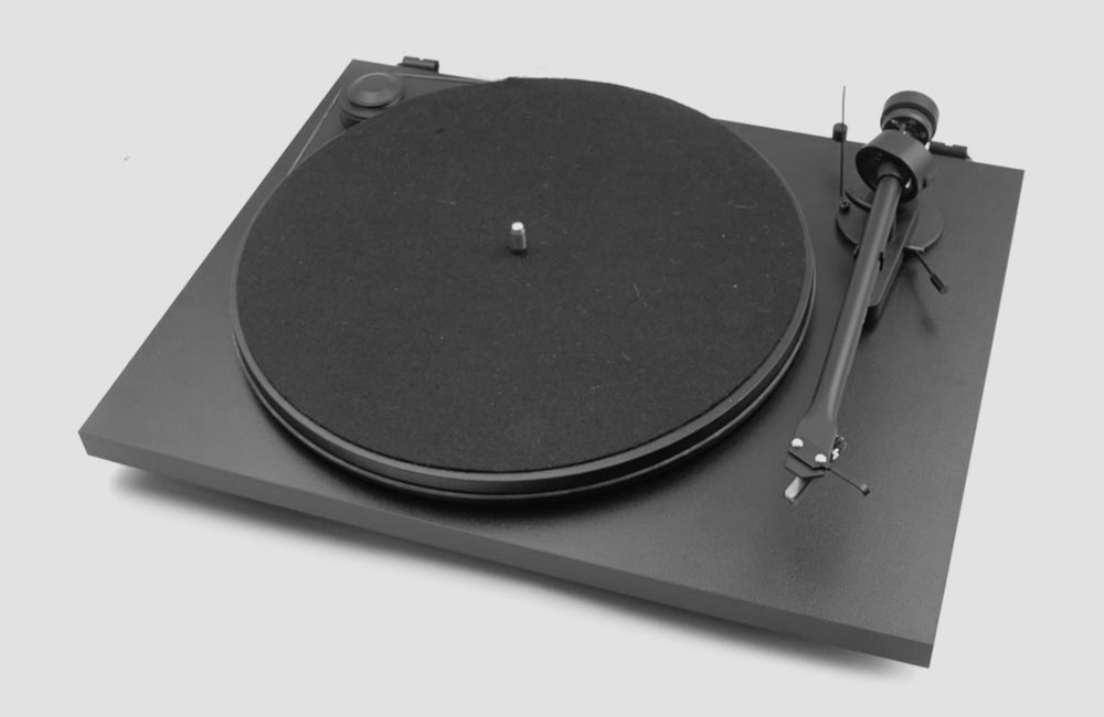 Pro-Ject-Essential-II