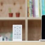 Sony Huis: Minimalistische Universalfernbedienung mit E-Ink Display