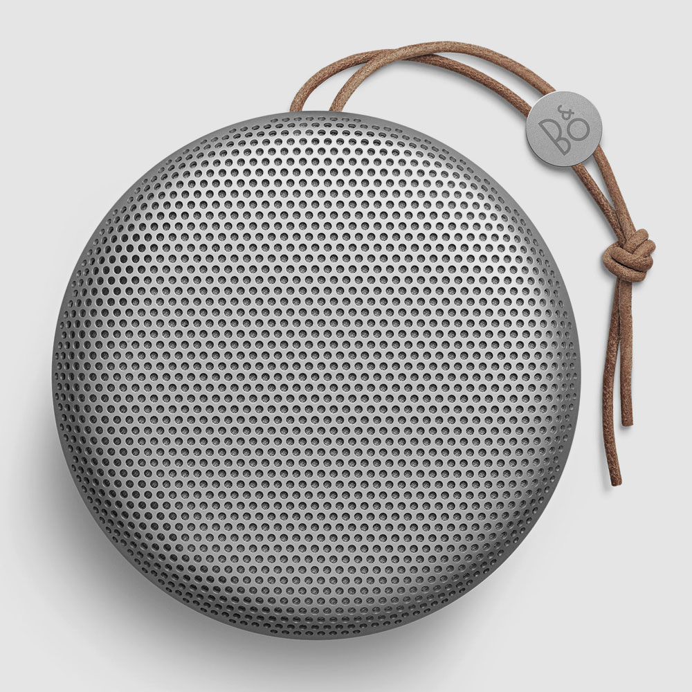 beoplay a1 bang olufsens bisher kleinster bluetooth. Black Bedroom Furniture Sets. Home Design Ideas