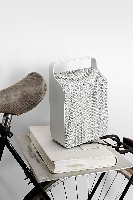 Vifa-Oslo-Bluetooth-Design-Lautsprecher-Mobil-Akku-Textil-8