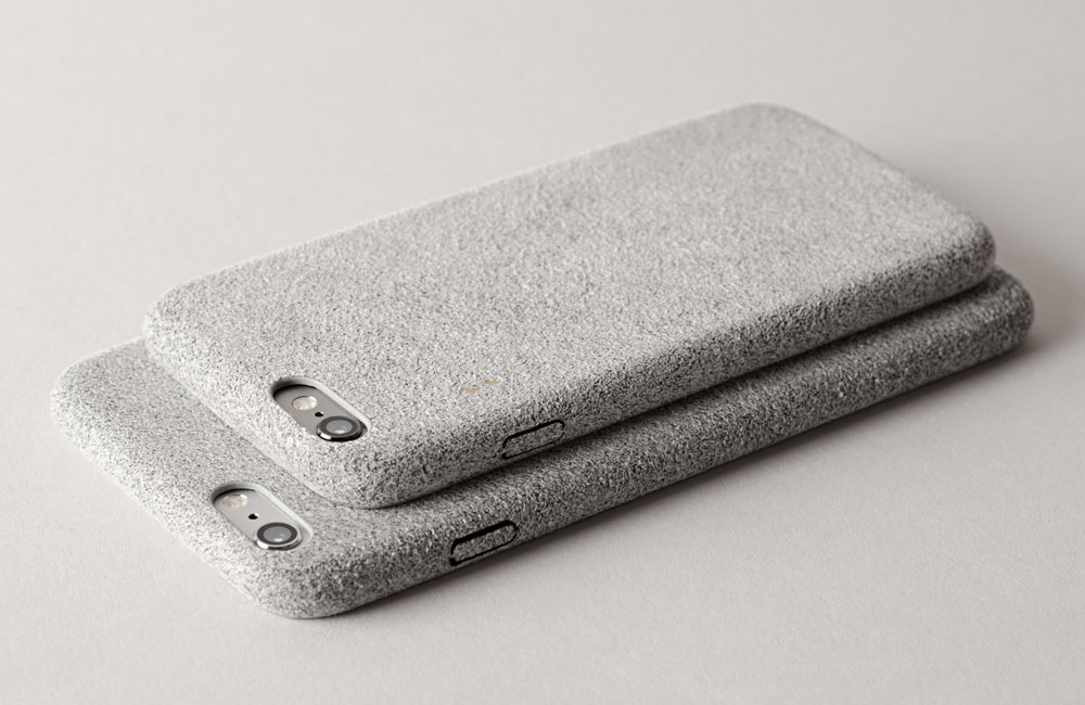 Hardgraft-Fuzzy-iPhone-Cover-Suede-Grey-2