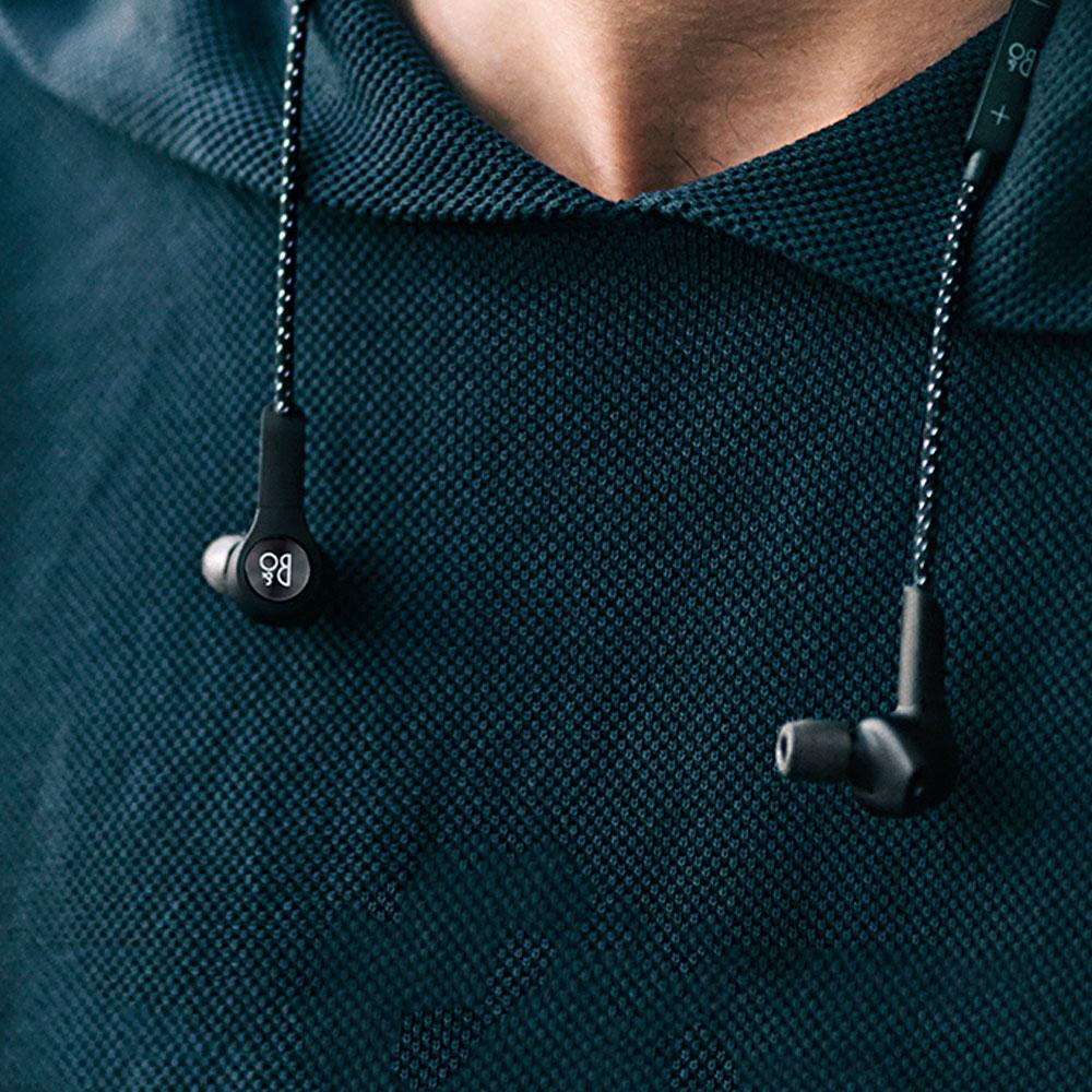BeoPlay-H5-Mobiler-Bluetooth-In-Ear-Kopfhoerer-4